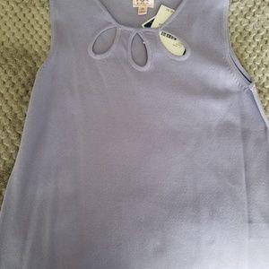 Lavendar ladies sleeveless  top
